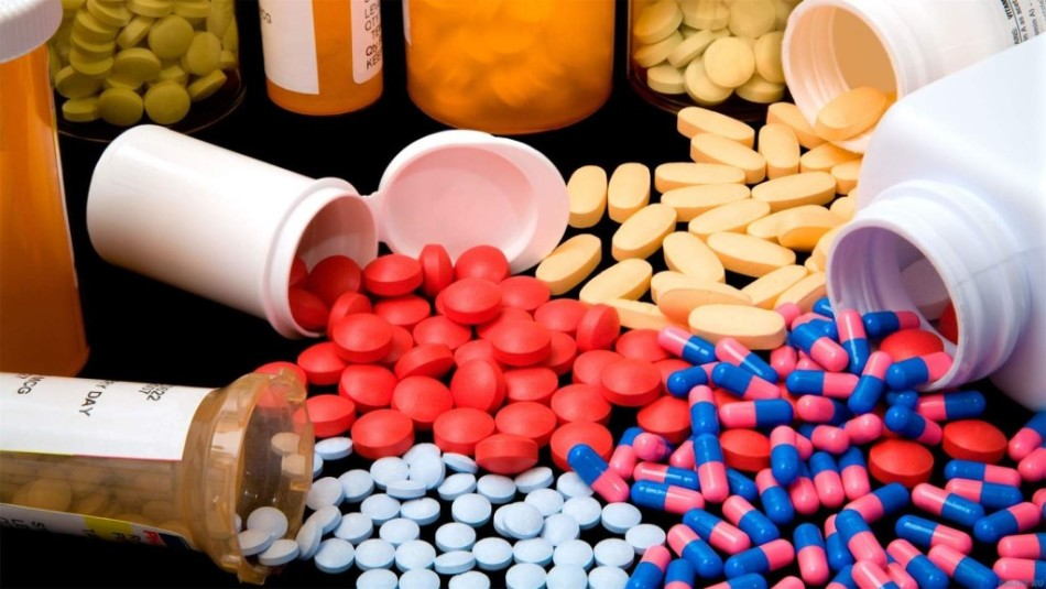 Антибиотики широкого спектра действия в гинекологии названия. Какие антибиотики назначаются при воспалении матки. Противопоказания к применению антибиотиков